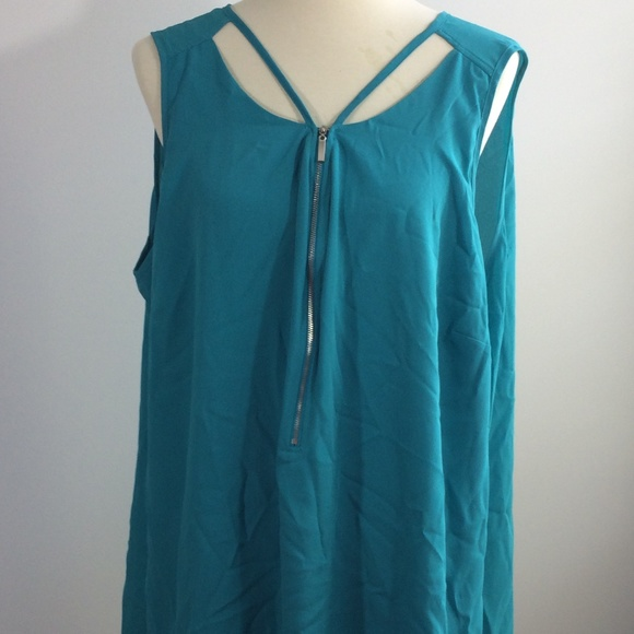 87d68980b04 NEW City Chic Sleeveless Blouse 1 2 Zip Size 22